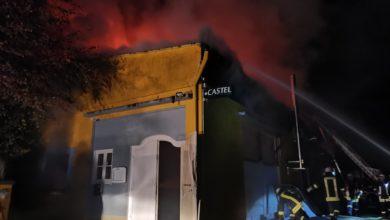 Photo of Gebäude wird in der Nacht bei Brand in Wallendorf komplett zerstört
