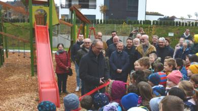 "Photo of Spielplatz im Könener Baugebiet ""Im Pferdsgarten""  eröffnet"