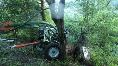Photo of Schwerer Verkehrsunfall mit landwirtschaftlicher Zugmaschine