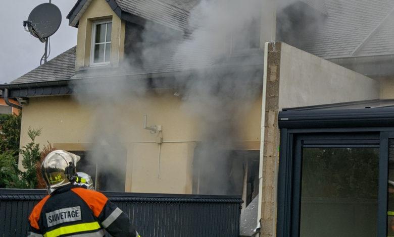 Photo of Feuer in Einfamilienhaus – Person verstorben
