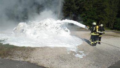 Photo of Brand in Müllfahrzeug, Arbeiter verletzt.