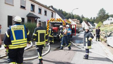 Photo of Brandeinsatz in Trassem – Geparktes Wohnmobil durch schnellen eingreifen blieb verschont.
