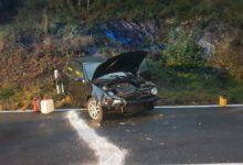 Photo of Pkw überschlagt sich, junger Fahrer leicht verletzt