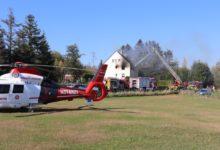 Photo of Zwei Menschen werden bei Wohnhausbrand verletzt