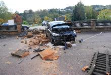Photo of Fahrzeug durchbricht Mauer in Saarburg – 77-jährige leicht verletzt